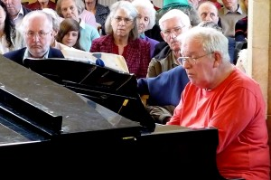 Michael Hurren performing Shostakovitch Piano Concerto no. 2